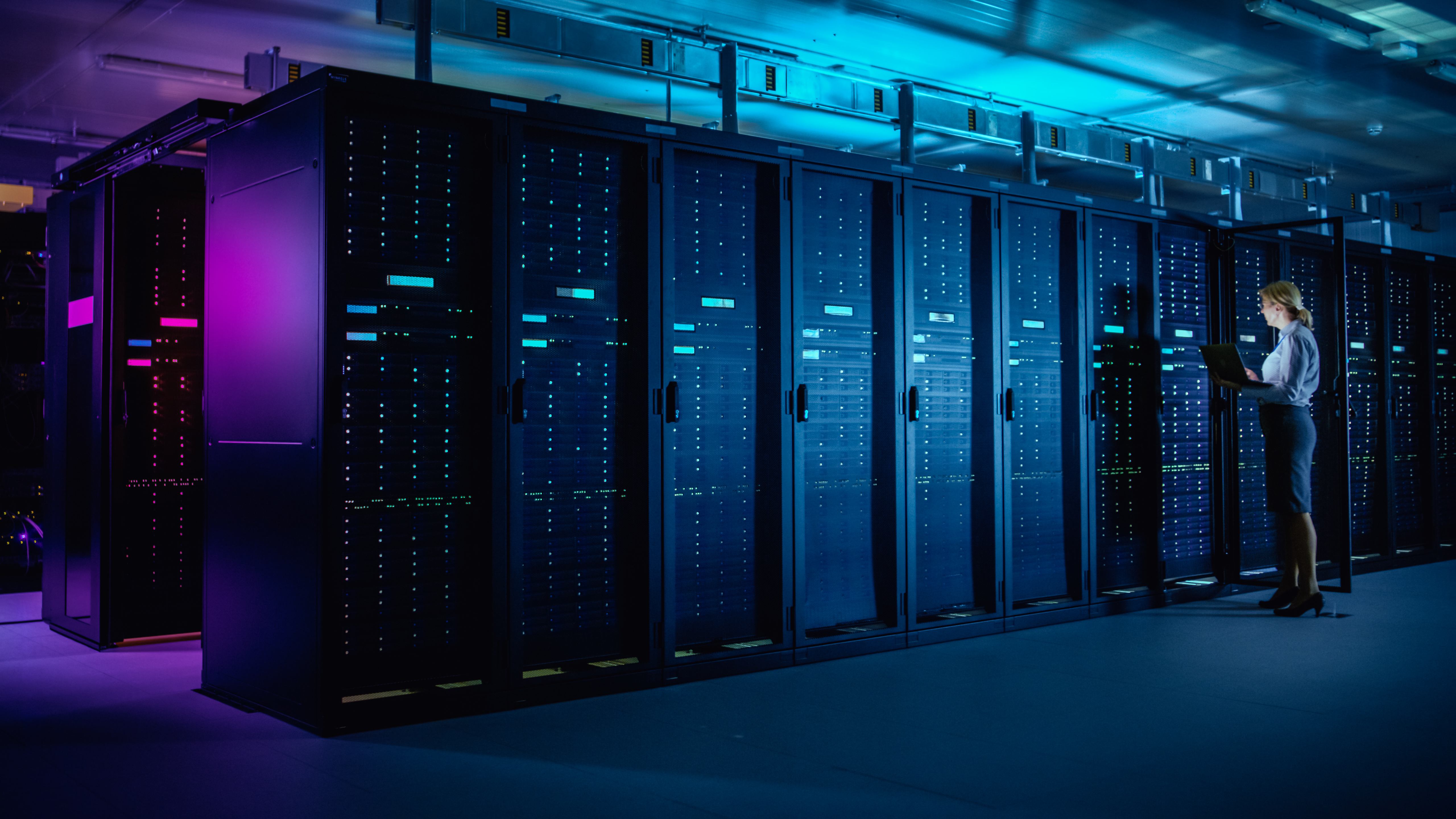 The role of controls in Data Centers